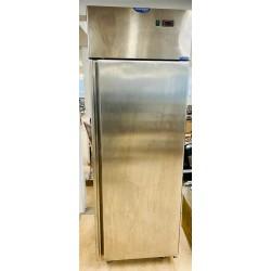 Kylskåp - 700 liter